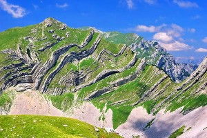 Šareni pasovi (Štit) (2248 m)